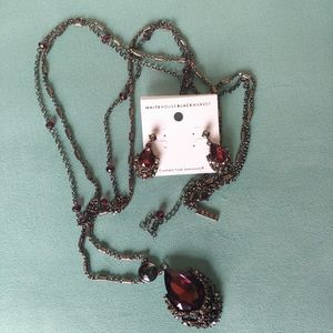 WHBM 2 in 1 Necklace and Matching Earrings Set